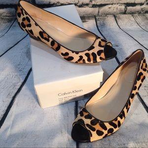 Calvin Klein Bree Pony Hair Leopard Sandal Sz 7.5M